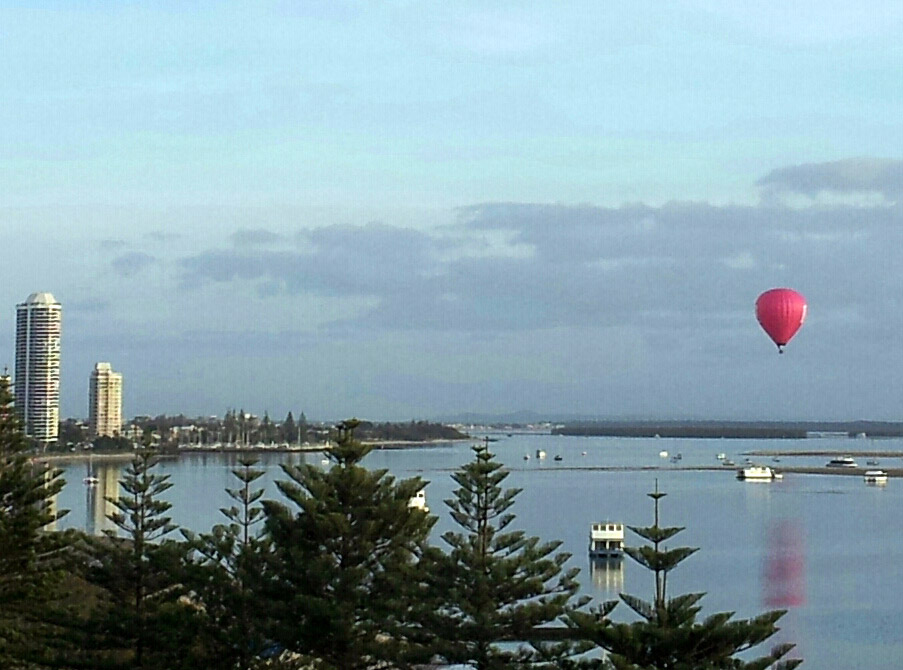 Ballooning Over Broadwater